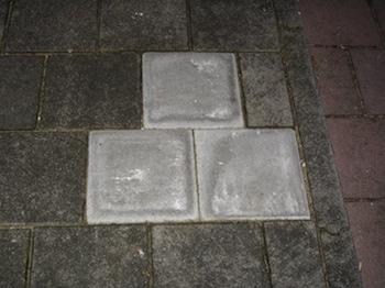 Street pyramids